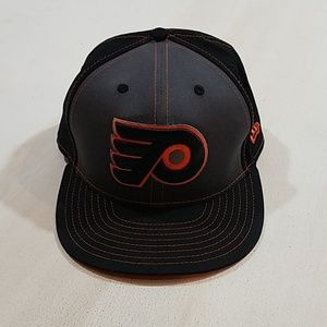 9 Fifty New Era Flyers Snap Back Hat